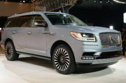 2018 Lincoln Navigator 1 250x166