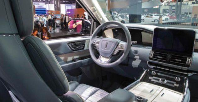 2018 Lincoln Navigator Interior 630x325