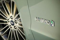2019 Ford Model E Hybrid 250x166